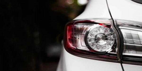 汽车灯具性能测试与认证